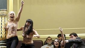 Protesta de Femen contra Alberto Ruiz-Gallardón